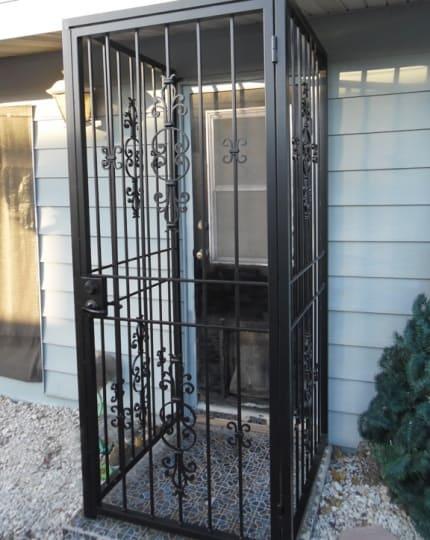 Custom Exterior Pet Enclosure