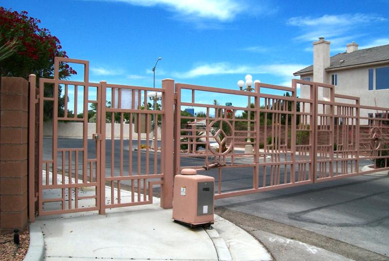 Gate DG0195