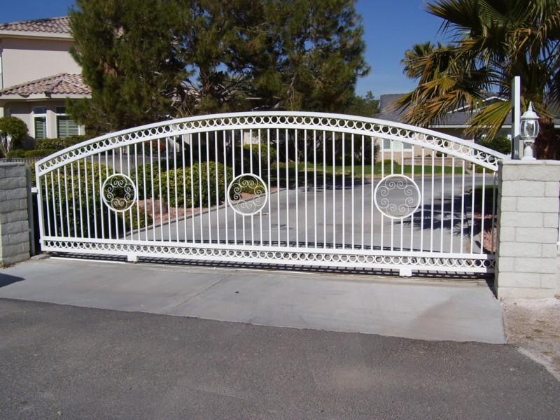 Rolling Gate DG0054