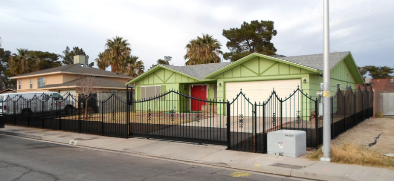 Rolling Gate Econo Fence F0118 Wrought Iron Design In Las Vegas