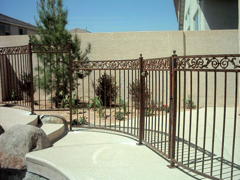 Traditional Fencing F0039 Wrought Iron Design In Las Vegas