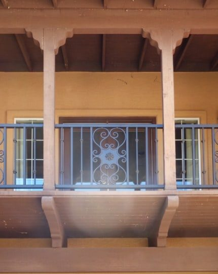 Wrought Iron Balcony Rail LV